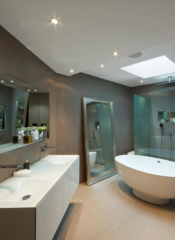 Bespoke furniture scunthorpe quality bathrooms of scunthorpe for Quality bathrooms